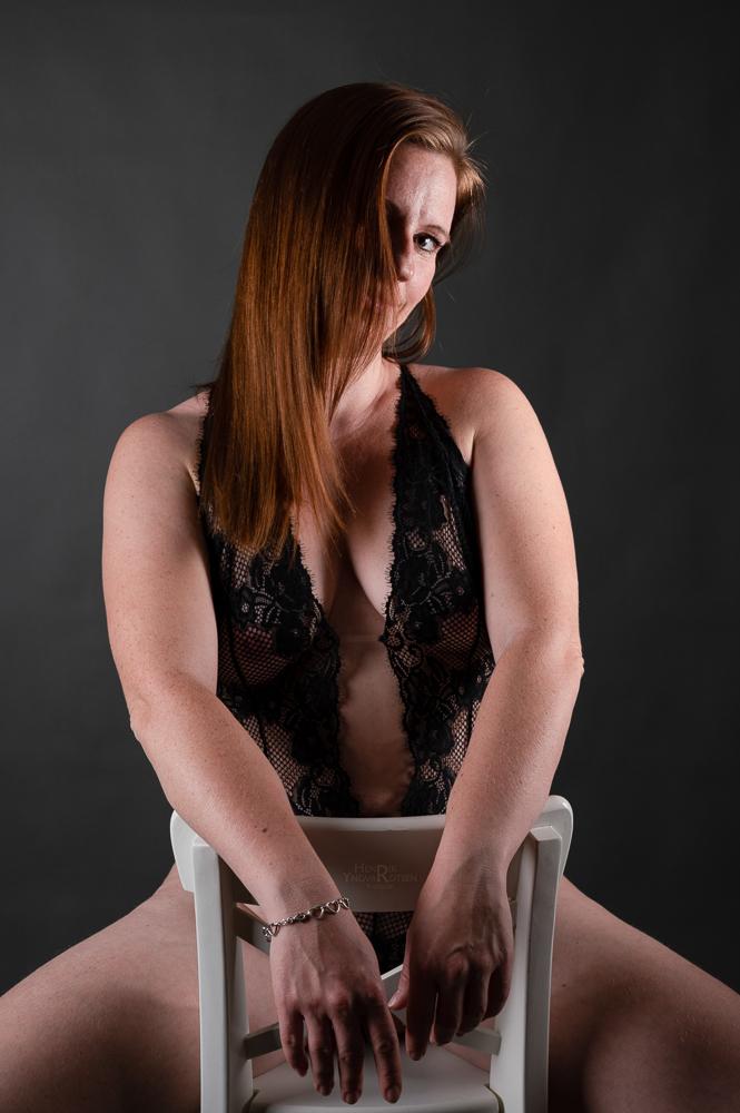Model LD i lingerie